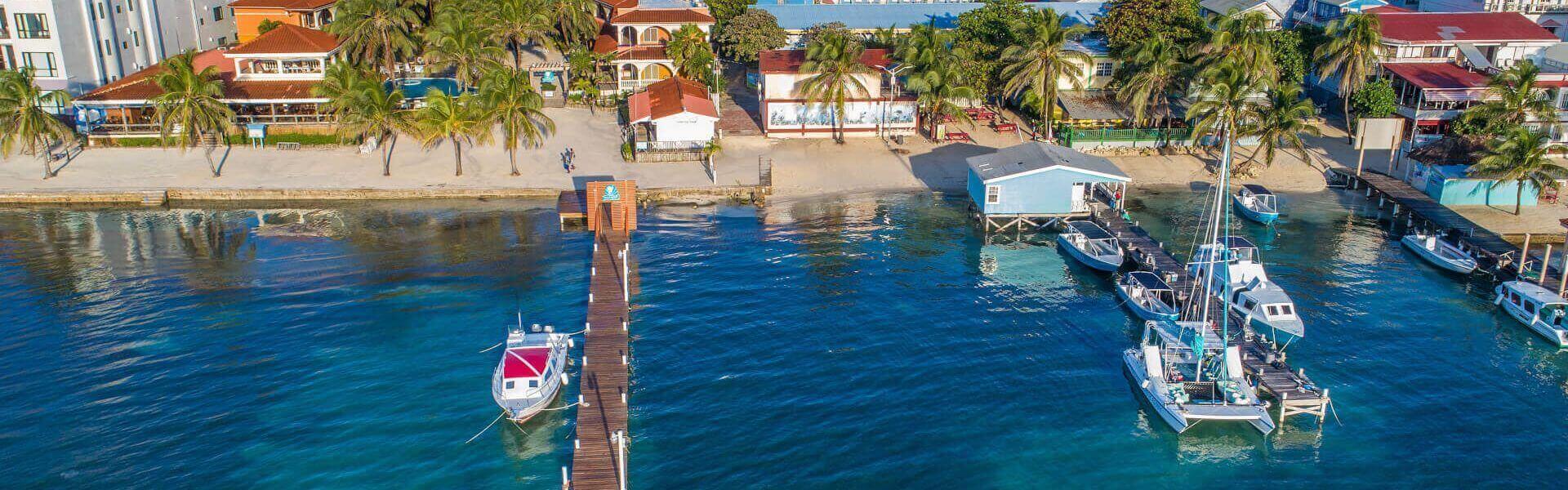 Sunbreeze Hotel beach and dock